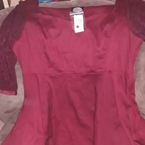 NWT Hot Topic 4x Fit/Flare sweetheart w/ lace arms